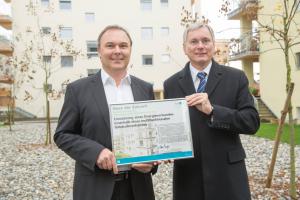 Bundesminister Alois Stöger und aktivklimahaus-CEO Martin Partoll